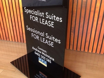 Solid acrylic floor sign (FS441)
