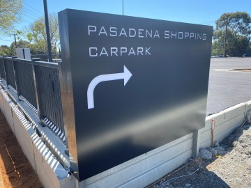 Pasadena Car Park Sign (FS550)