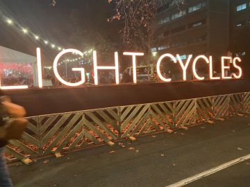 Freestanding illuminated letters (IS590)