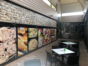 Printed graphics to shopping mall (PG384)