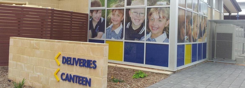 School sign design, Salisbury Heights School